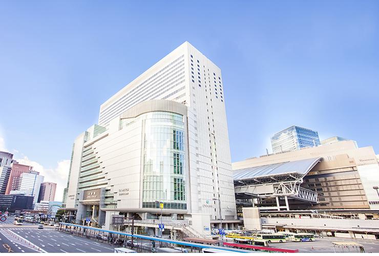 西梅田駅から徒歩2分の立地!大阪駅からも徒歩4分